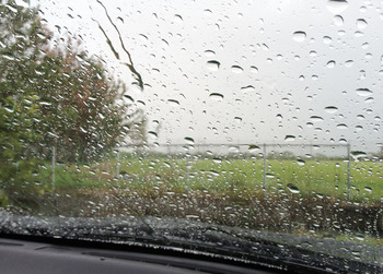 突然の土砂降り