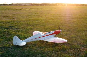 夕陽にたたずむ Silky Wind 400S